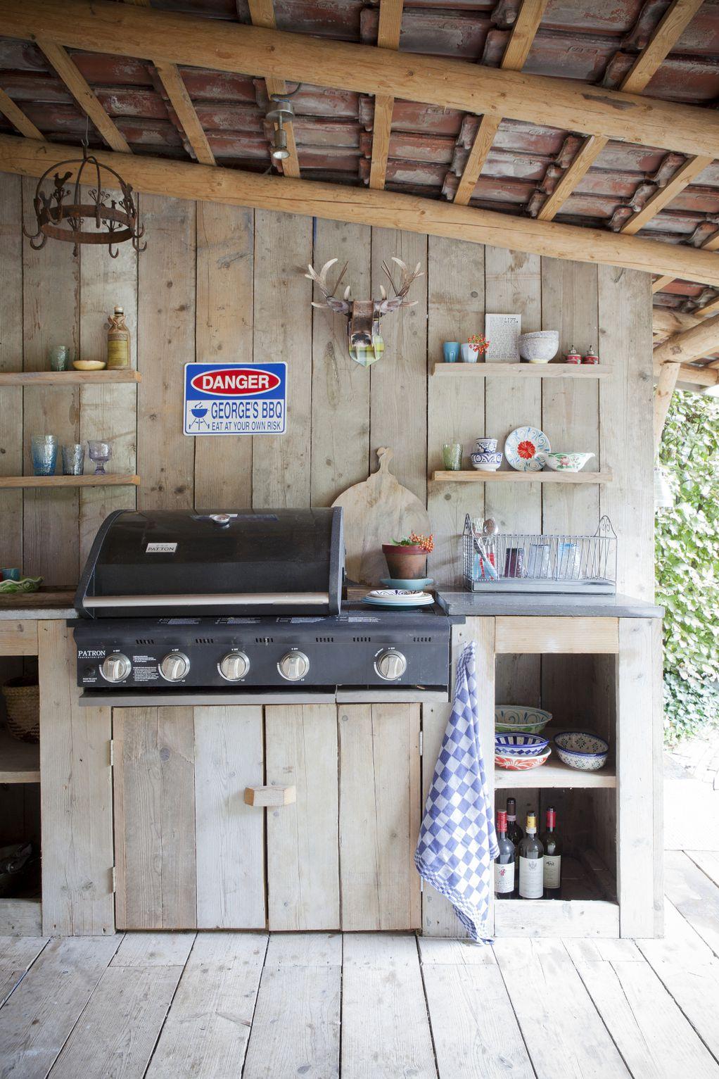 8 фотографии поради кои ќе посакате да имате летна кујна