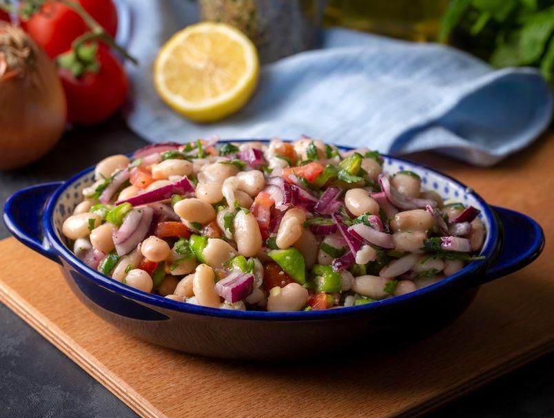 Рецепт за сочна турска салата од грав