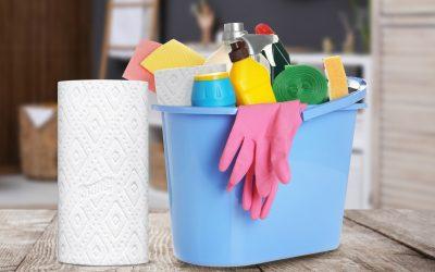 3 работи што никогаш не треба да ги чистите со хартиена крпа