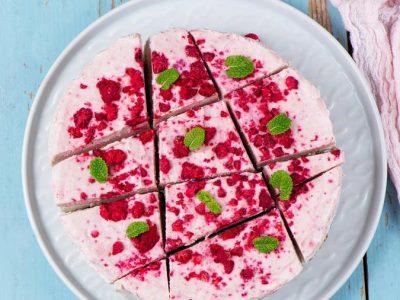 Рецепт за кремаст десерт: Тирамису со малини