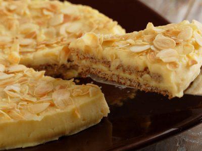 Шведска торта: Рецепт за највкусниот бел десерт