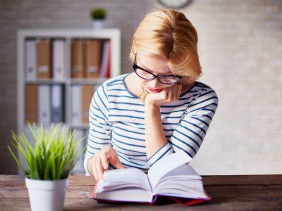 6 книги што морате да ги прочитате доколку сакате да напредувате во вашата кариера