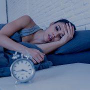Која е поврзаноста помеѓу тренинзите и проблемите со спиење?