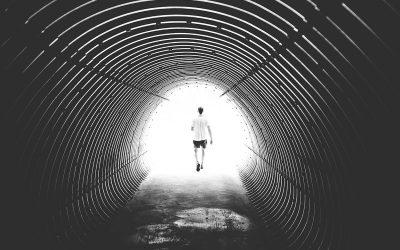 Што секој хороскопски знак треба да знае кога се чини дека нема светло на крајот од тунелот?