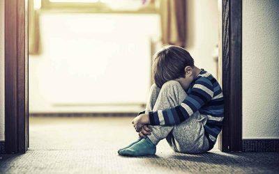 Зошто е препорачливо да ги научите децата да се соочуваат со разочарување од мали нозе