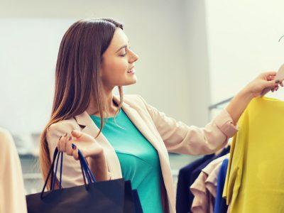 Три трикови кои откриваат дека облеката ќе ви трае долго